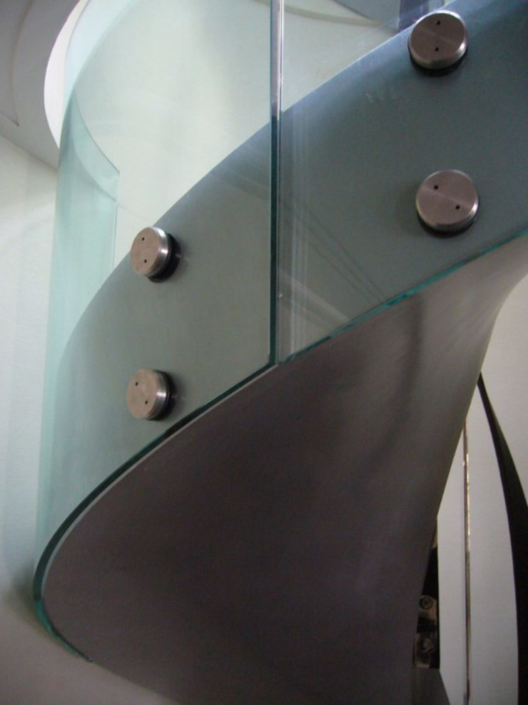 Curved bolted glass balustrade :  Corridor & hallway by Ion Glass