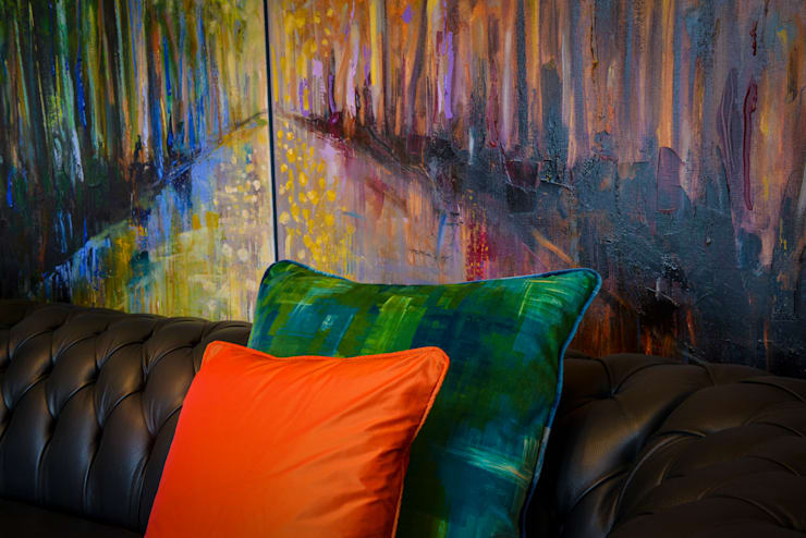 Living Room, Detail:  Living room by Cathy Phillips & Co