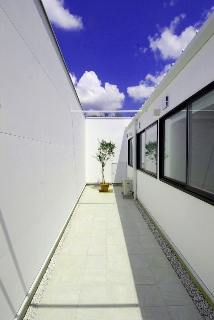 Jardines de estilo  por 株式会社PLUS CASA