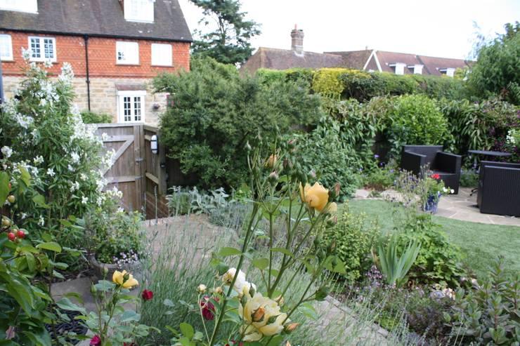 고객 정원관리: Garden Studio Allium의  정원