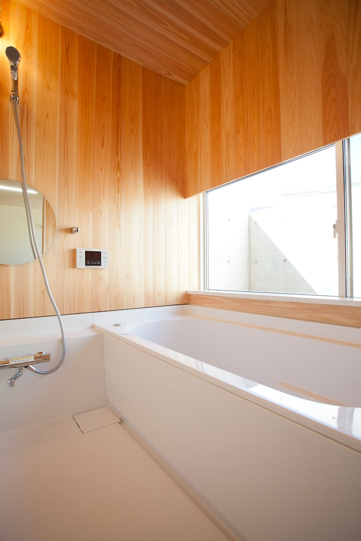 K-House : 一級建築士事務所オブデザインが手掛けた浴室です。