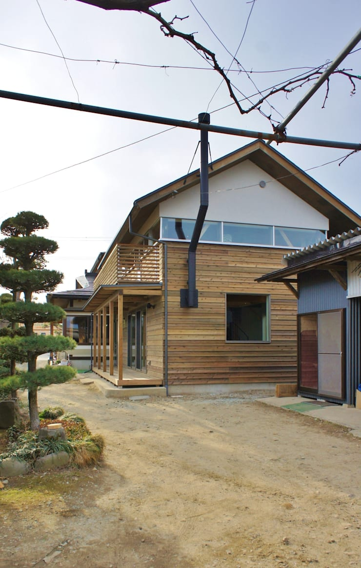 T House ―築100年の納屋をリノベーション―: 一級建築士事務所オブデザインが手掛けた家です。,モダン