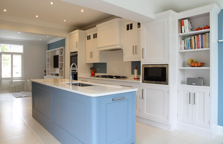 Hand painted bespoke kitchen in Hertfordshire, with media unit.:  Kitchen by John Ladbury and Company