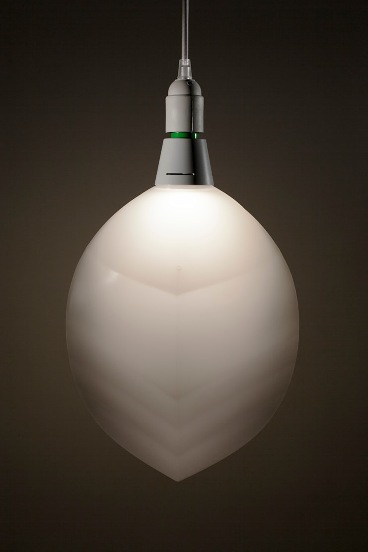 The FormaFantasma Lamp: moderne Eetkamer door Booo BV