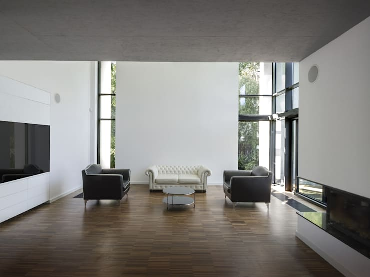 POKOJ DZIENNY: styl , w kategorii Salon zaprojektowany przez PAWEL LIS ARCHITEKCI