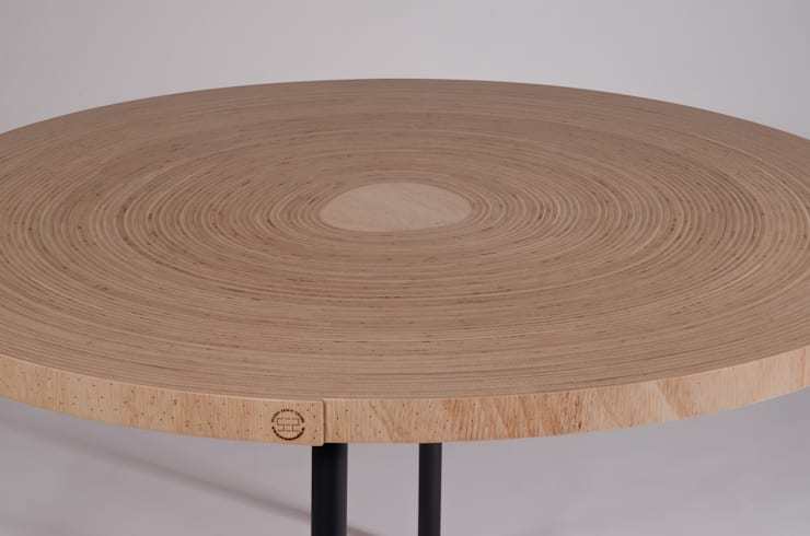 Twisted Table:  Kunst  door Studio Erwin Zwiers