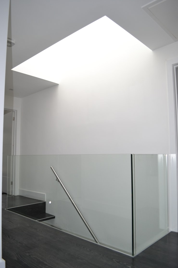 Glass Balustrade And Roof Light - As Built:  Corridor & hallway by Arc 3 Architects & Chartered Surveyors