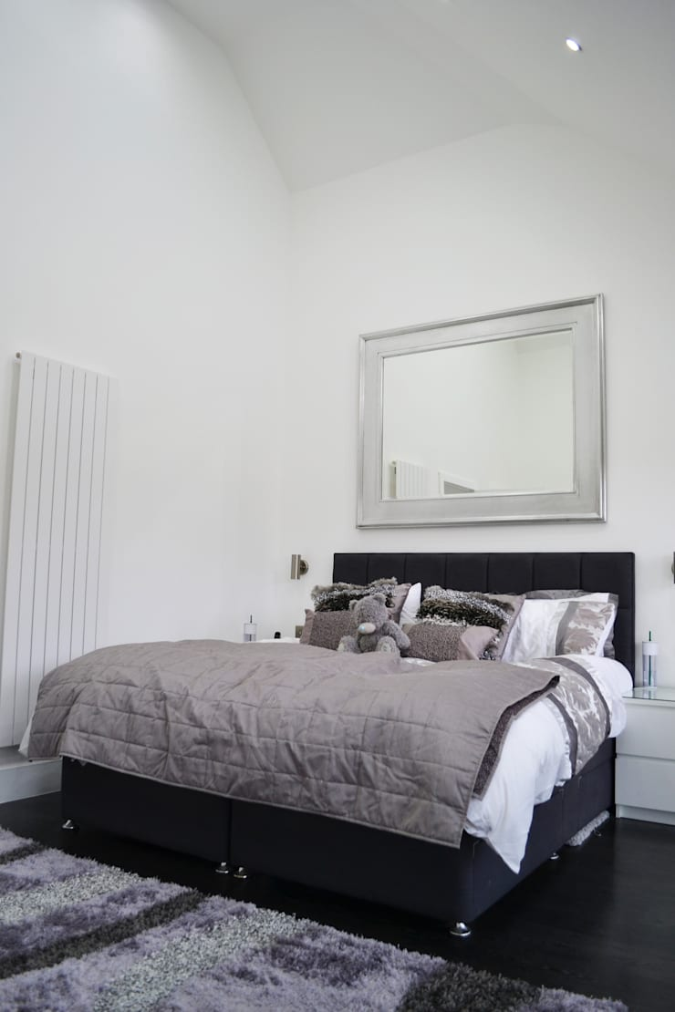 Cathedral Ceiling In Main Bedroom - As Built:  Bedroom by Arc 3 Architects & Chartered Surveyors