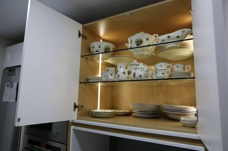 Diseño de Cocina en Madrid: Cocinas de estilo  de Línea 3 Cocinas