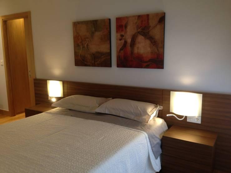 habitación: Dormitorios de estilo  de RODEK arquitectura interior