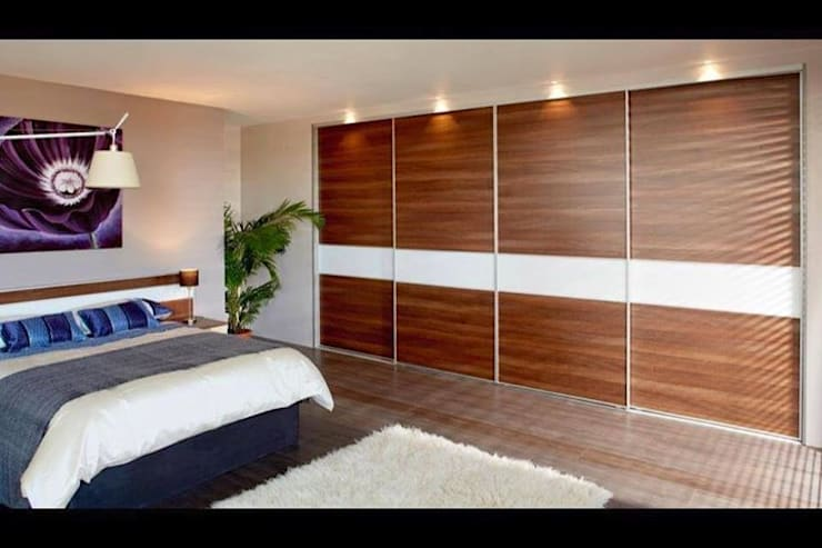 Smiths in Action:  Bedroom by Smiths fitted wardrobes Ltd