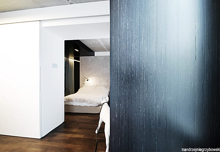 Aranżacja wnętrza mieszkania w Gdyni: styl , w kategorii Sypialnia zaprojektowany przez RTP Consulting Sp. z o.o.