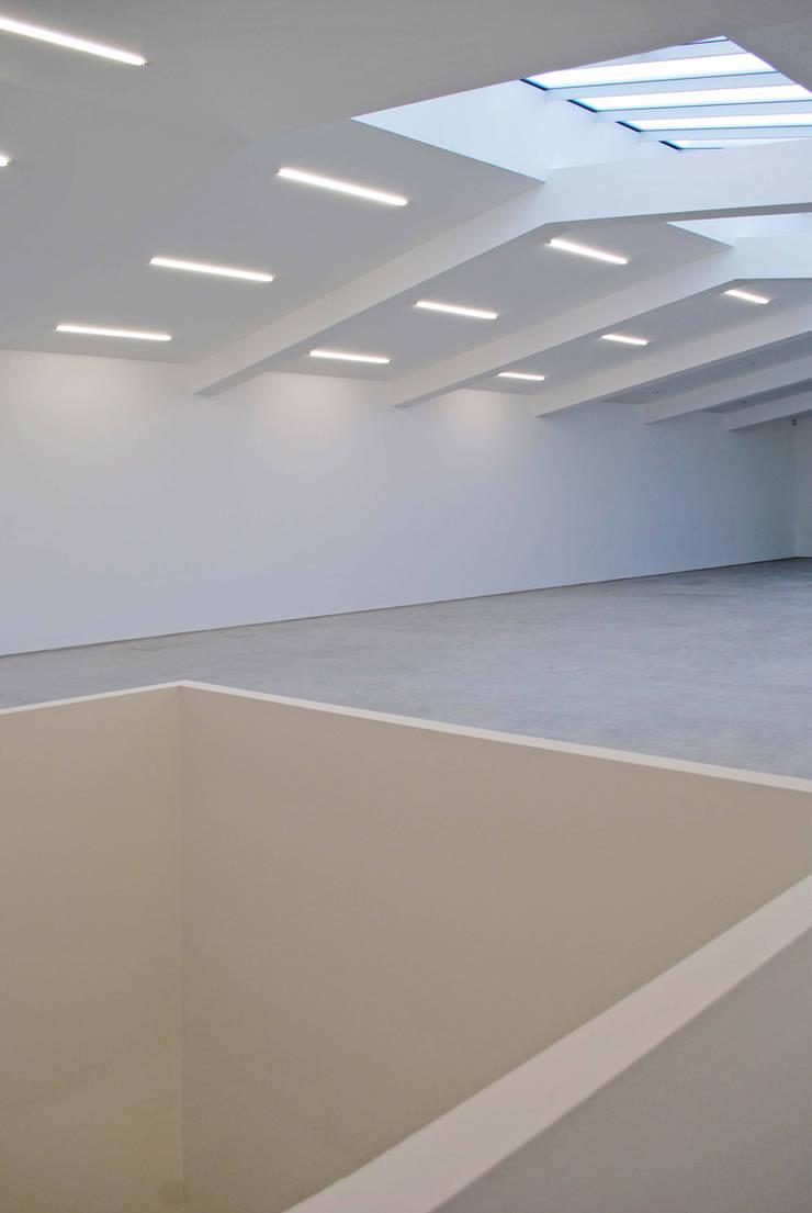 Anish Kapoor Studio:  Walls by Caseyfierro Architects