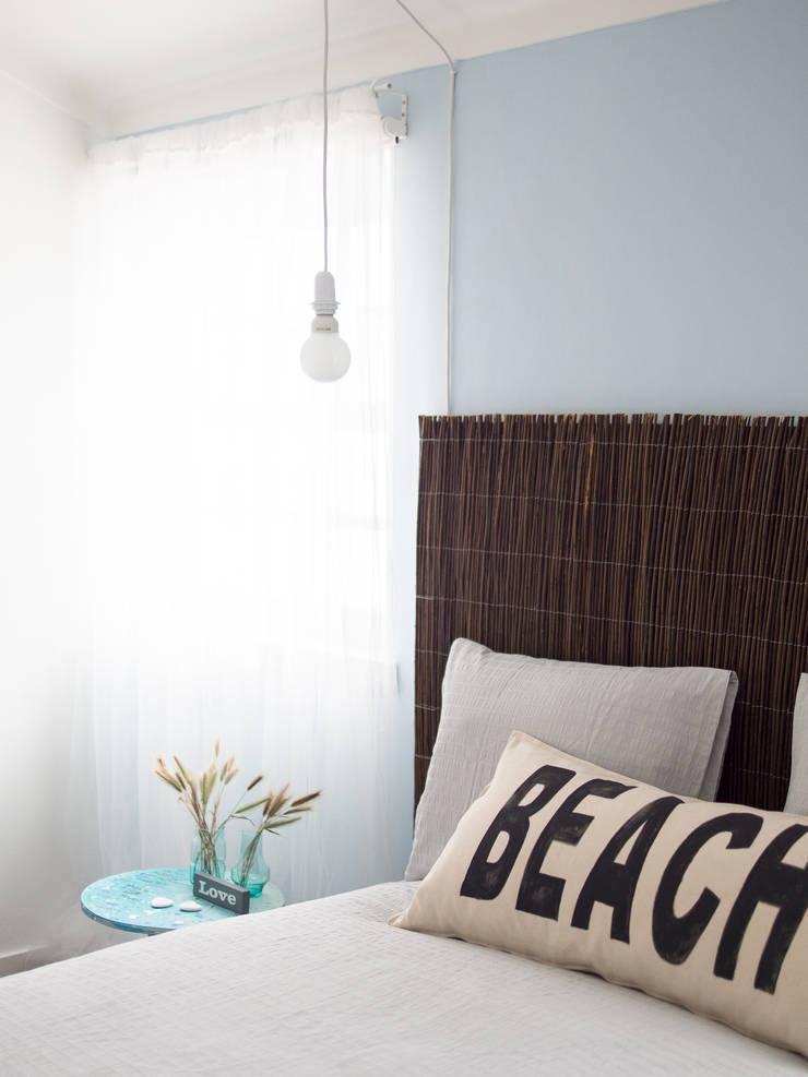 NiceWay Cascais Beach Hostel: Hotéis  por MUDA Home Design