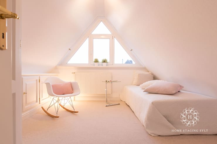 Bedroom by Home Staging Sylt GmbH
