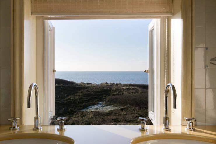 Projekty,  Łazienka zaprojektowane przez Home Staging Sylt GmbH