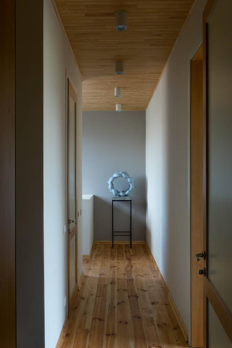 Дом: Коридор и прихожая в . Автор – Sergey Makhno Architect