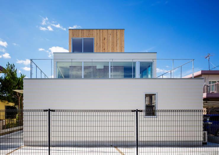 Exterior-2: DOGが手掛けた家です。
