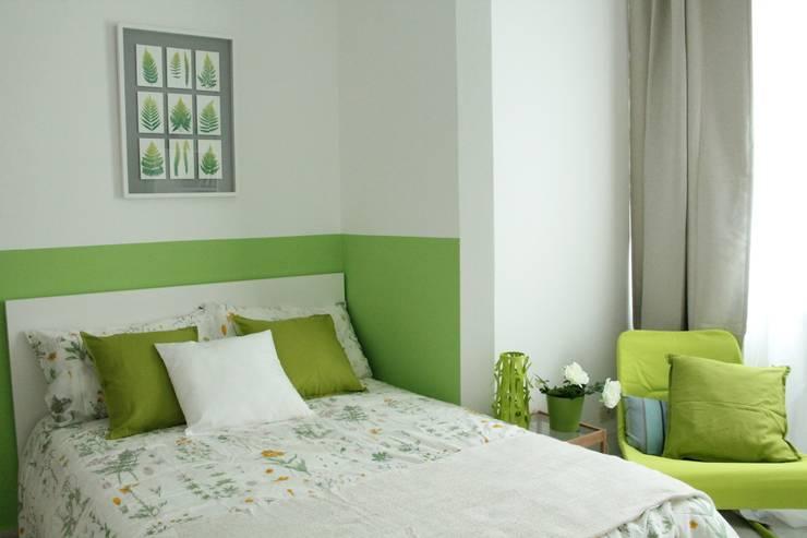 camera verde - DOPO: Camera da letto in stile in stile Classico di stagemyhome
