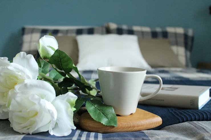 camera blu - DOPO: Camera da letto in stile in stile Classico di stagemyhome