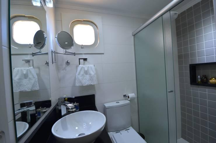 Banheiro: Banheiros  por Natali de Mello - Arquitetura e Arte,
