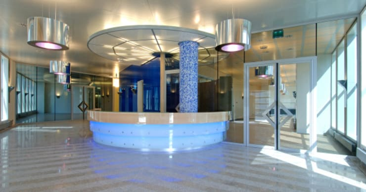 Glazen entreebalie :  Kantoorgebouwen door Axel Grothausen BNI