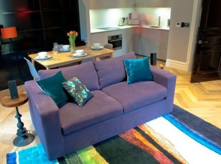 Covent Garden living area:  Living room by Kate Harris Interior Design