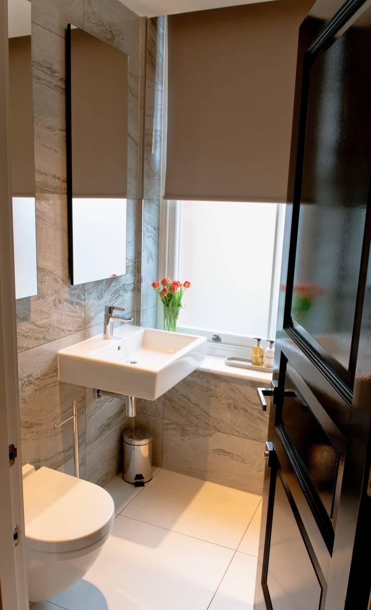 Covent Garden bathroom:  Bathroom by Kate Harris Interior Design