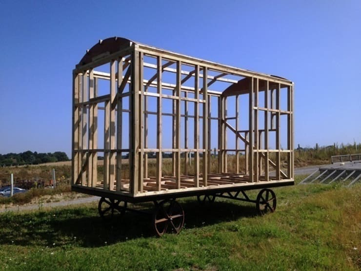 Downland Shepherd Hut:  Garage/shed by Downland Shepherd Huts