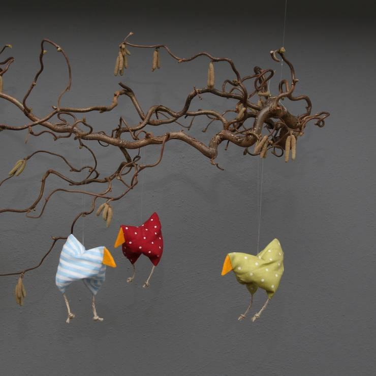 Hühnerfamilie  zu Ostern und Frühling:  Fenster & Tür von Rosenbluete