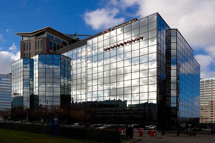 Gebouw wolken :  Kantoorgebouwen door Axel Grothausen BNI