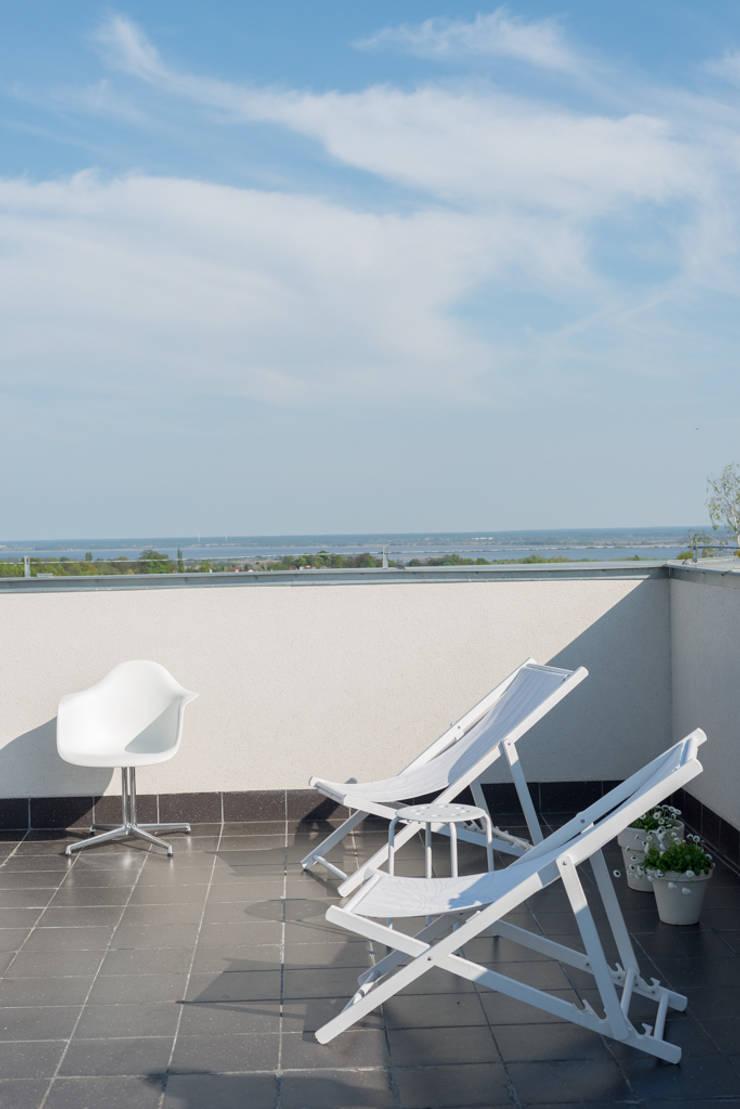 Penthouse: styl , w kategorii  zaprojektowany przez Loft Kolasiński