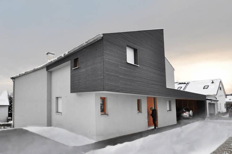 Form follows Bebauungsplan:  Häuser von Pakula & Fischer Architekten GmnH