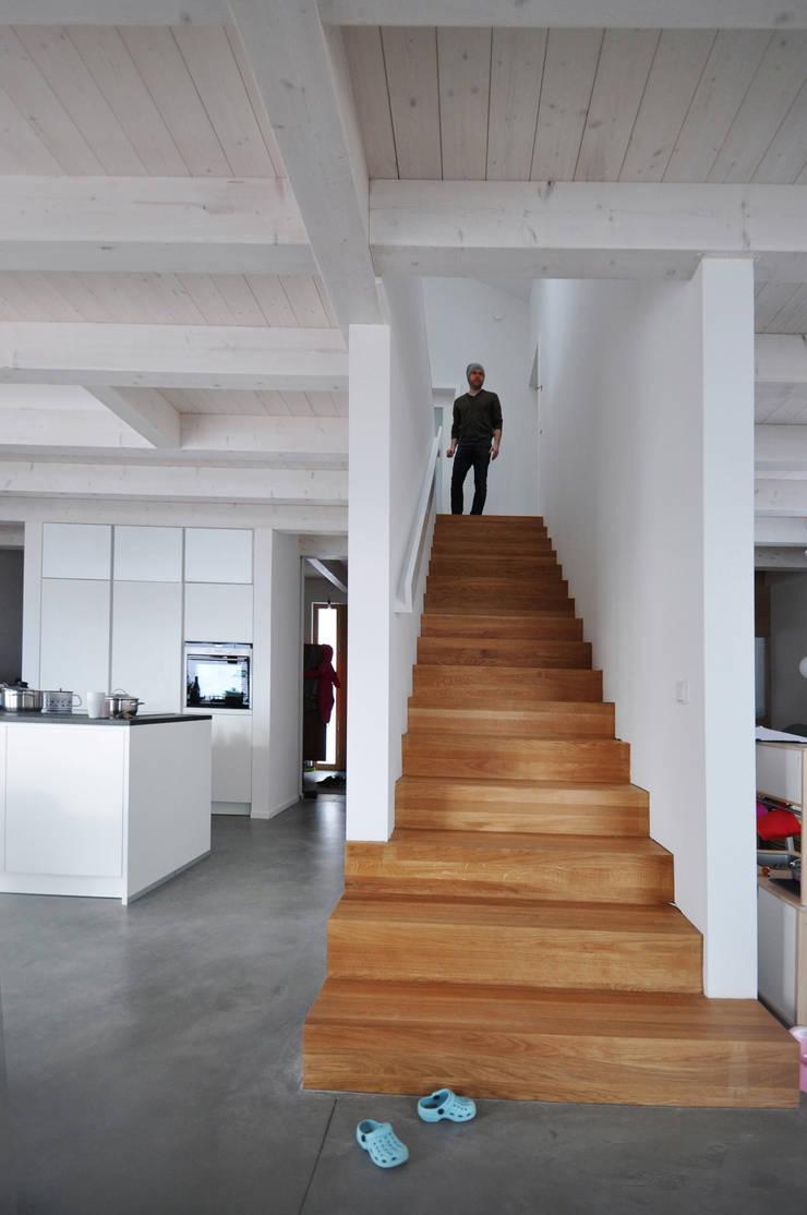 Couloir et hall d'entrée de style  par Pakula & Fischer Architekten GmnH, Éclectique
