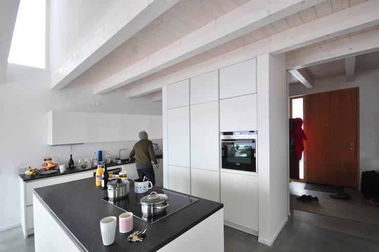 Cuisine de style  par Pakula & Fischer Architekten GmnH, Éclectique