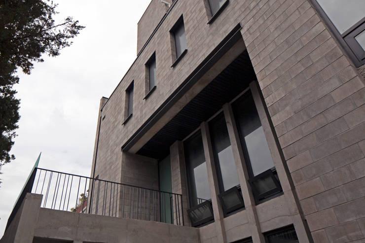 내외부 연결공간, VOID: 라움플랜 건축사사무소의