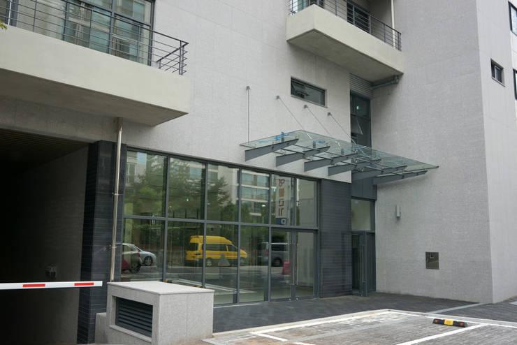 배면 공지: 라움플랜 건축사사무소의