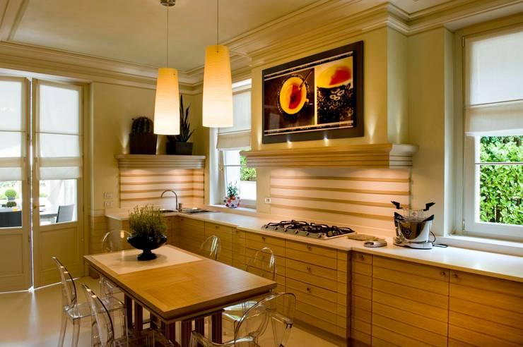 eclectic Kitchen by Studio Architettura Carlo Ceresoli