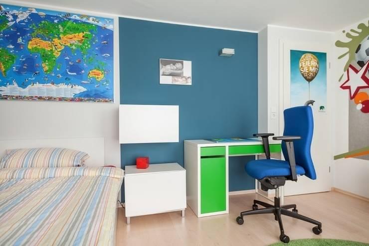 Jungenzimmer mit Graffiti (2):  Kinderzimmer von Alexandra Flohs interior design