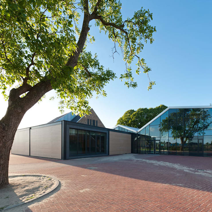 Schools by Peter van Aarsen Architect