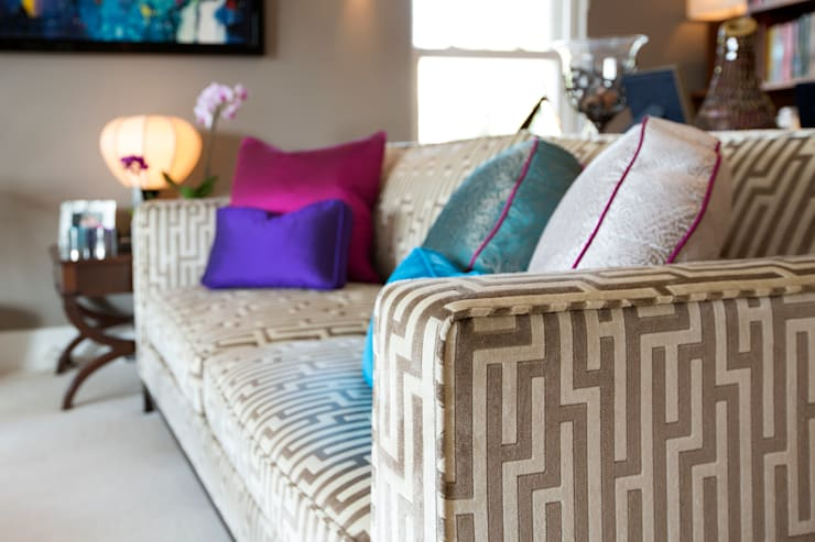 Stunning Geometric Fabric with Jewel Coloured Piped Cushions: modern Living room by Design by Deborah Ltd