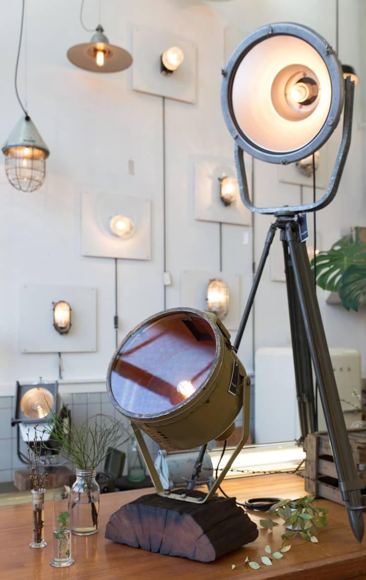Blom & Blom Store – Amsterdam:  Winkelruimten door Blom & Blom