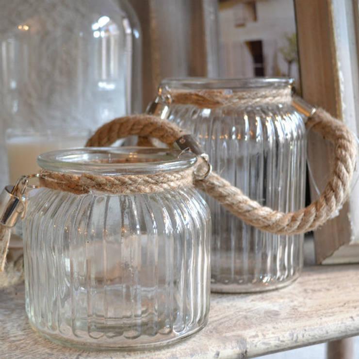 Charming Rope T light holders:  Living room by Tina Bucknall