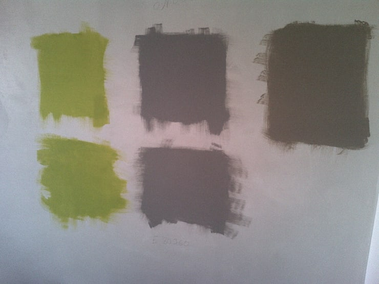 Prove di colore : Pareti & Pavimenti in stile  di Roberta Rose