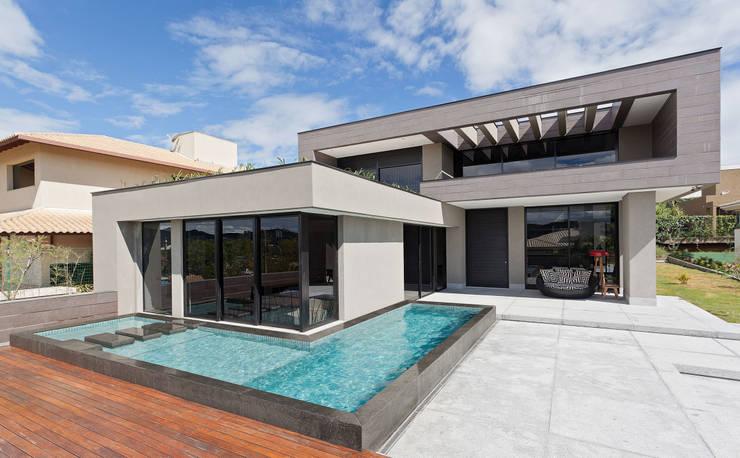 31 projetos 3d de casas para te inspirar for Casa moderna l