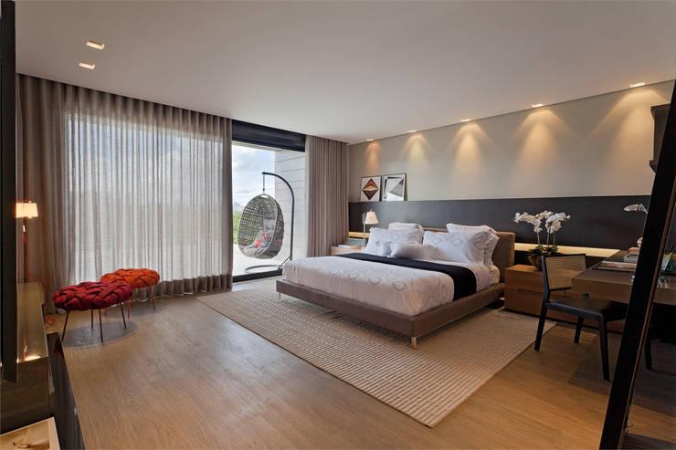 Recámaras de estilo moderno por LEDS Arquitetura