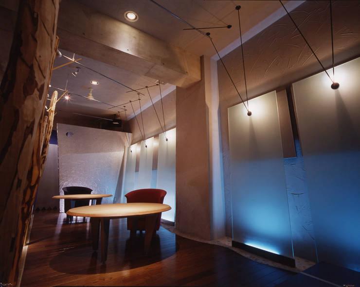 N.CLUB : 株式会社 伊坂デザイン工房が手掛けたレストランです。