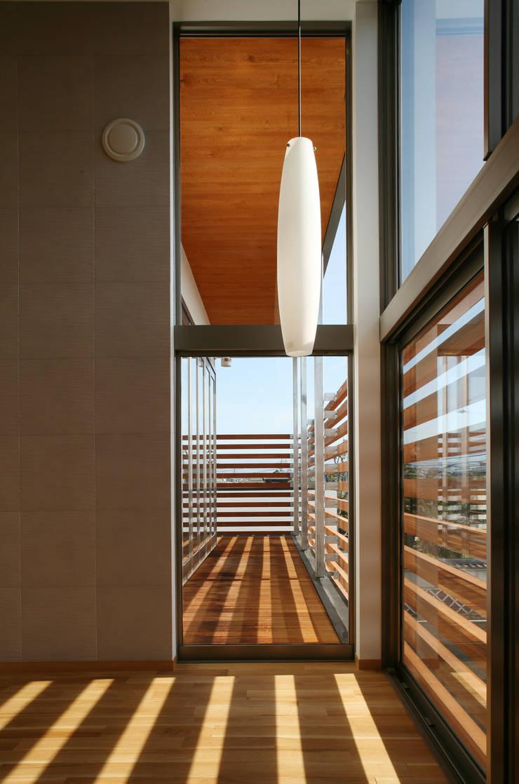 TDC: ZOYA Design Officeが手掛けた寝室です。