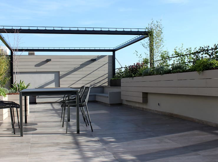 Pérgola y espacio de reunión: Terrazas de estilo  de La Habitación Verde