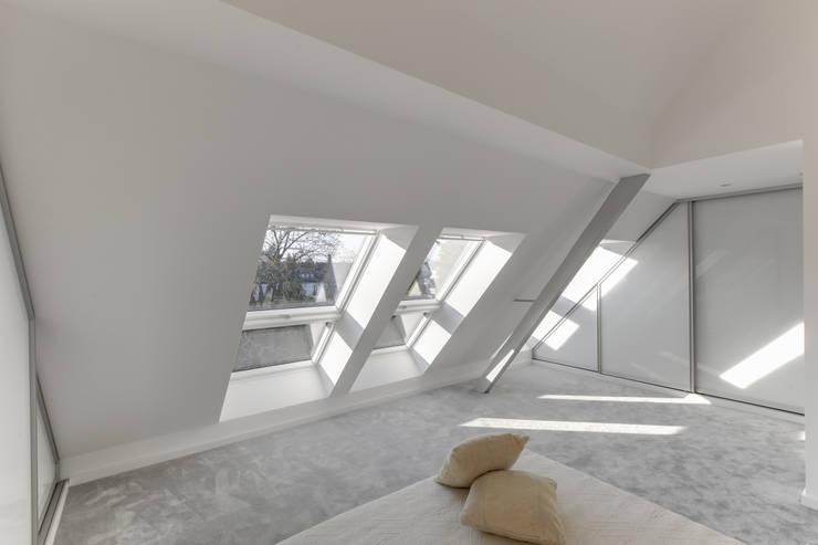 28 Grad Architektur GmbHが手掛けた寝室